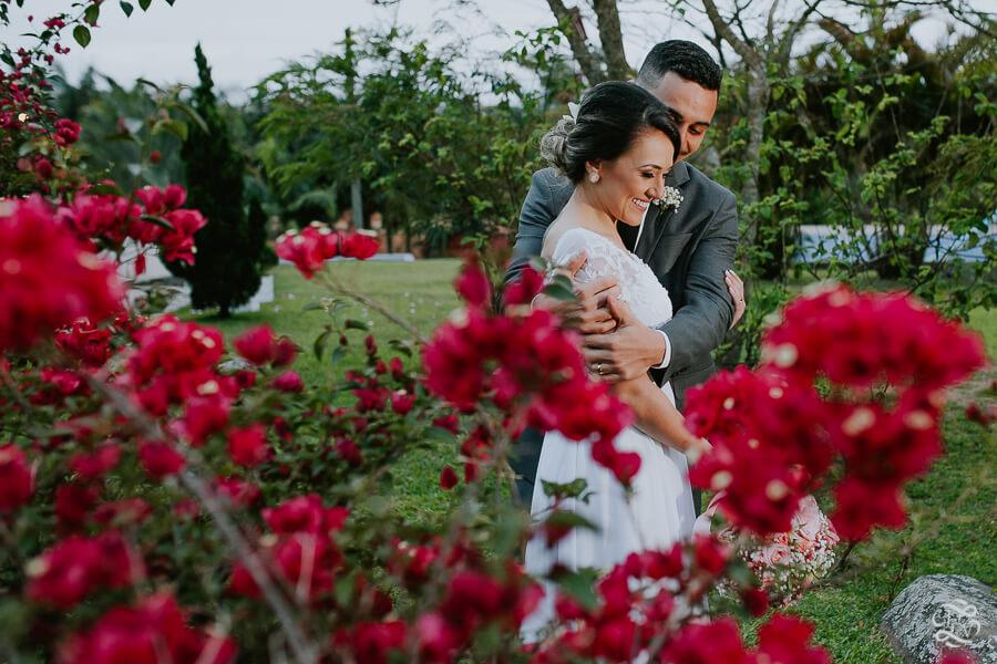 casamento-patricia-e-thiago-recanto-das-flores-jaguaruna-sc-53