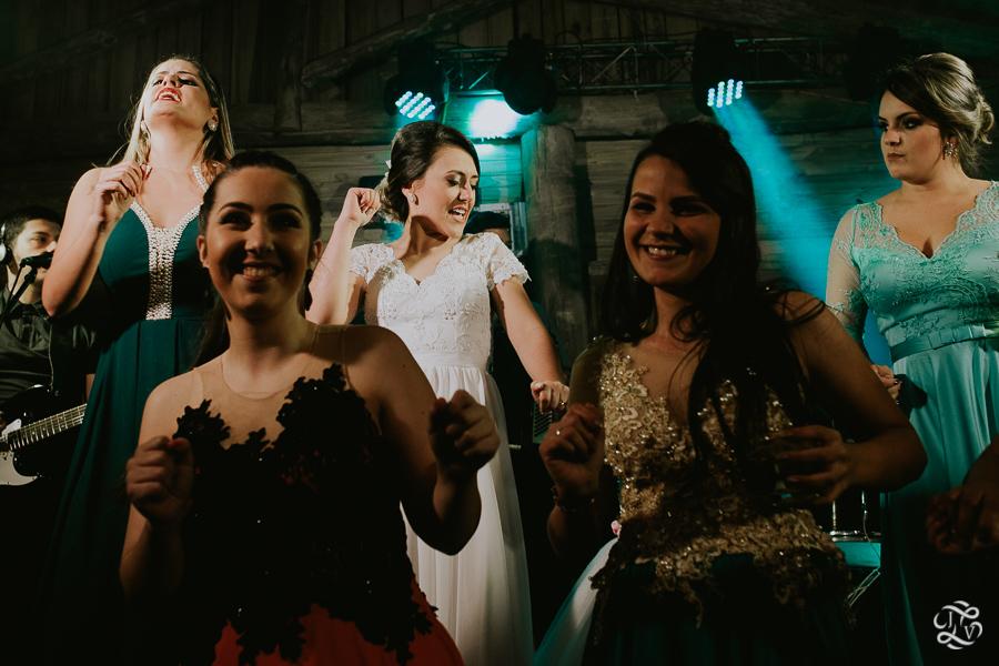 casamento-patricia-e-thiago-recanto-das-flores-jaguaruna-sc-73