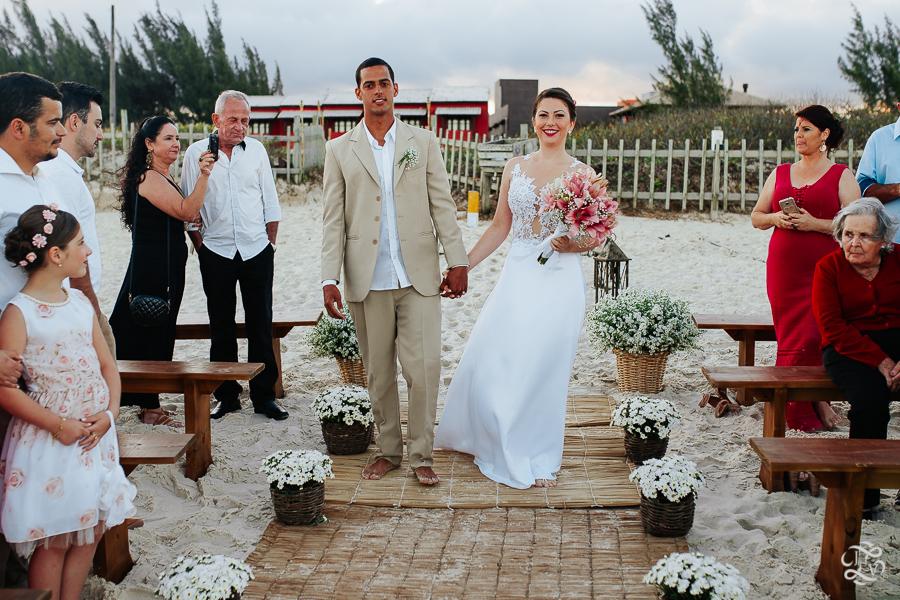 casamento-na-praia-praia-do-ferrugem-santa-catarina-36
