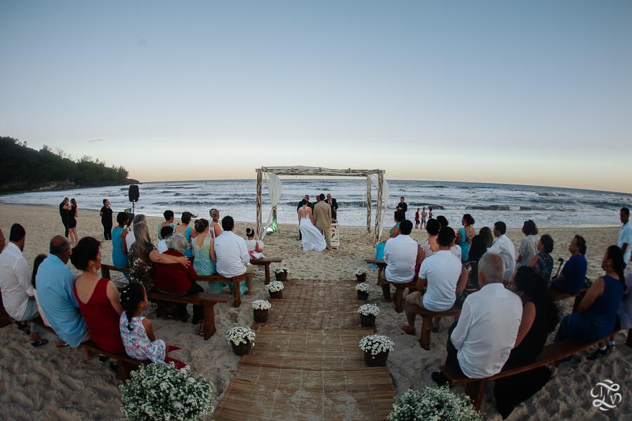 casamento-na-praia-praia-do-ferrugem-santa-catarina-40