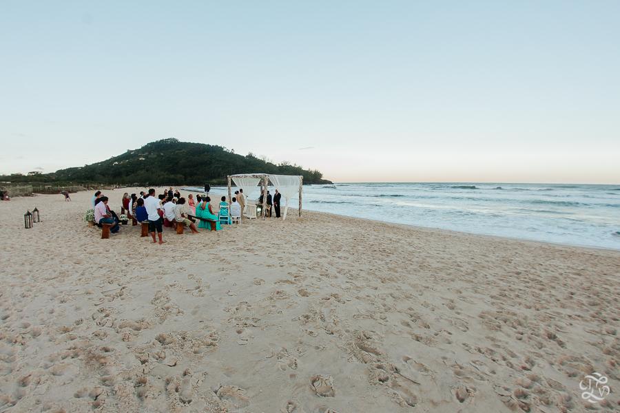 casamento-na-praia-praia-do-ferrugem-santa-catarina-41