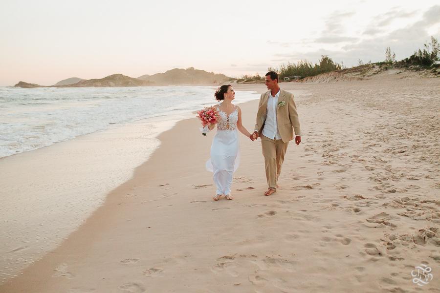 casamento-na-praia-praia-do-ferrugem-santa-catarina-52